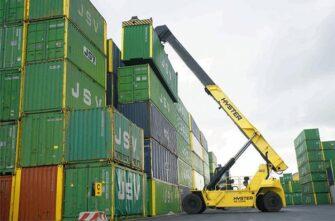 hyster-reachstacker-container-handler