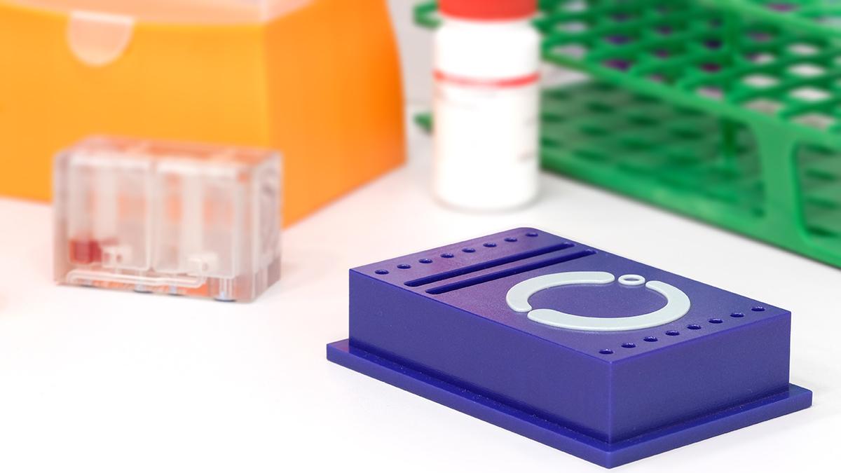 BiologIC cartridge lab in a box