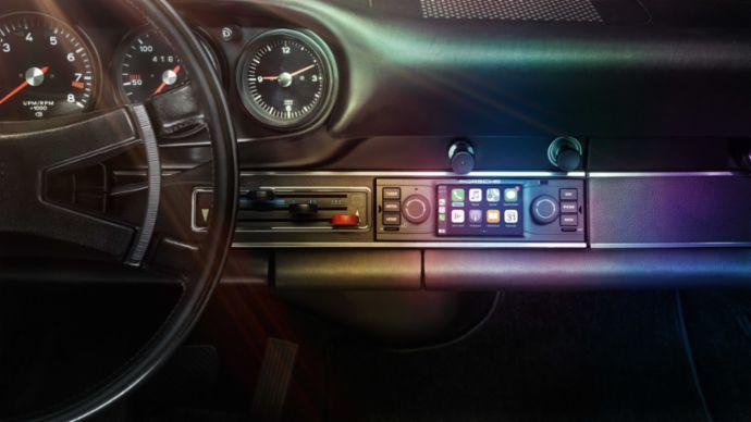 Porsche retro radio