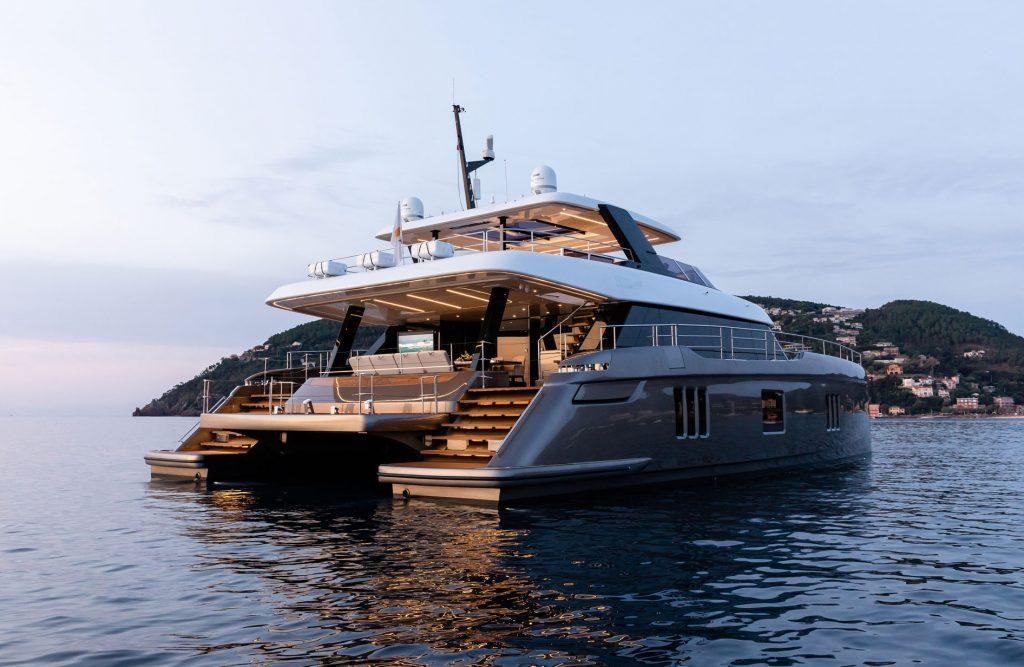 Sunreef Yachts Main rear 3/4 view