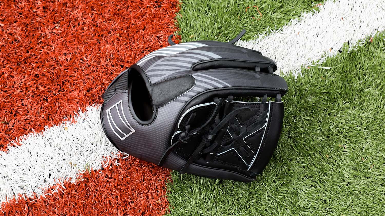 Baseball glove design rawlings rev1x