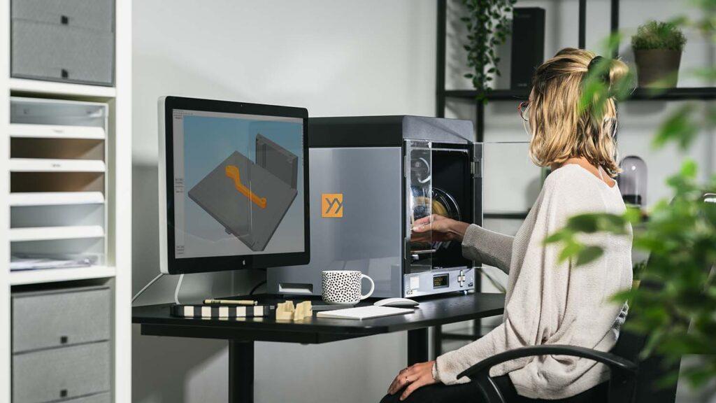 ZYYX Pro II 3D Printer lifestyle